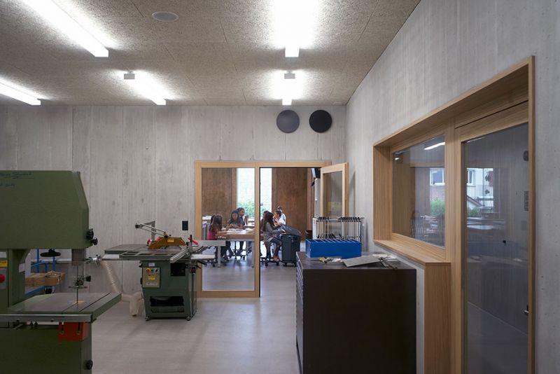 arquitectura sostenible_escuela Suiza_Skop_talleres