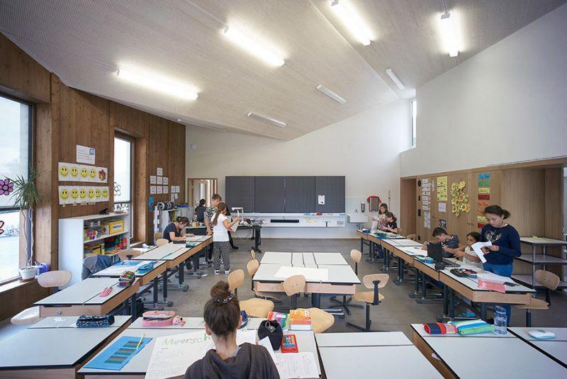 arquitectura sostenible_escuela Suiza_Skop_techo