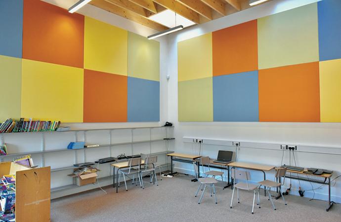 arquitectura_St Bronaghs Primary School_biblioteca