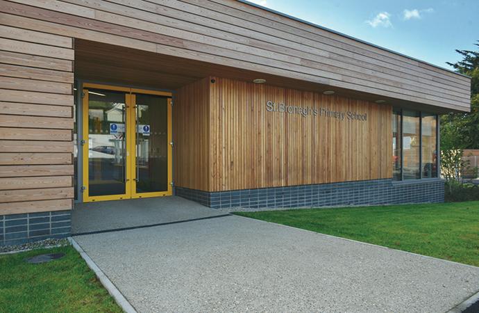 arquitectura_St Bronaghs Primary School_acceso