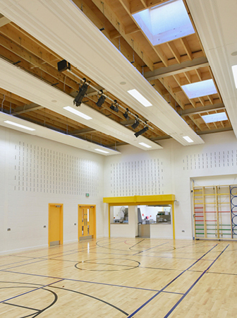 arquitectura_St Bronaghs Primary School_gimnasio