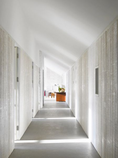 Arquitectura_stable-acre-david-kohn-architects_interior distribuidor