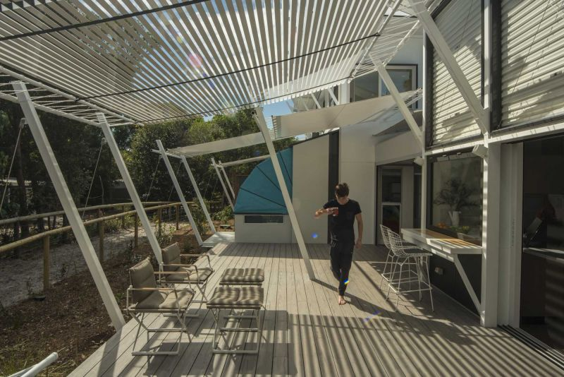arquitectura_Stradbroke House_Tim Bennetton Architects_toldo