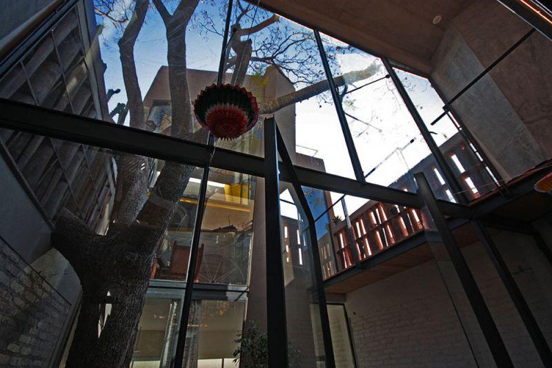 arquitectura studio b15 casa piedras chinas fotografía jorge silba patio cielo