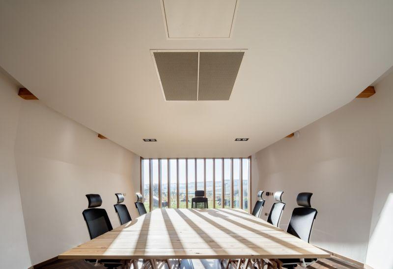arquitectura_Sunbeams music centre_sala interior