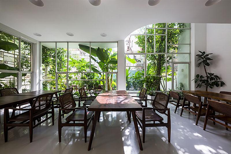Arquitectura_t-house-keintruc_imagen mesa comensales