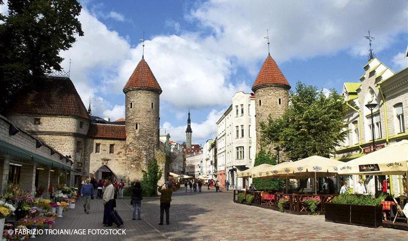 vista de una de las calles del centro de Tallinn
