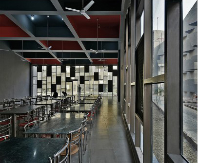 arquitectura_The Street_Sanjay Puri Architects_cafetería