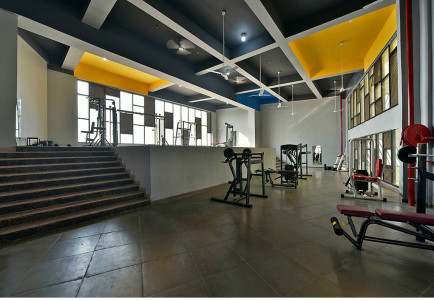 arquitectura_The Street_Sanjay Puri Architects_gimnasio