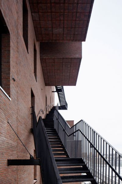 arquitectura_the wedge a-lab_escalera exterior2