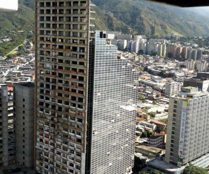 Arquitectura_Torre David_Caracas_paralización