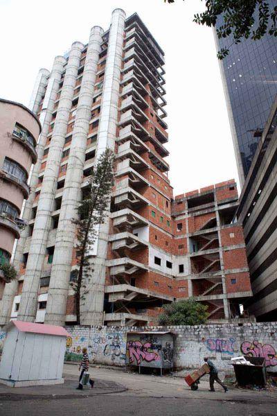Arquitectura_Torre David_Caracaimagen torre sin terminar