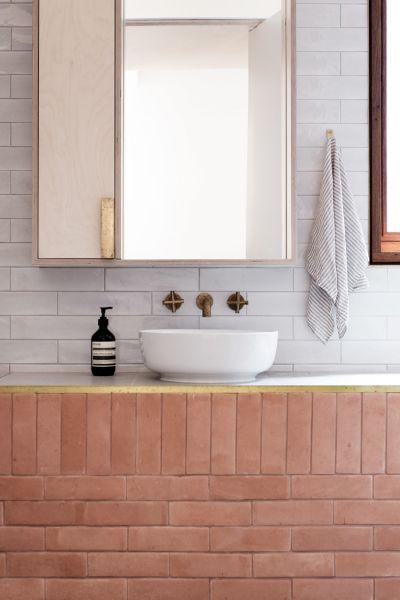 arquitectura_TRIAS_THREE PIECE HOUSE_baño