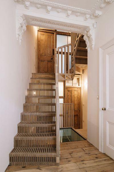 arquitectura_tsuruta_escalera entrada