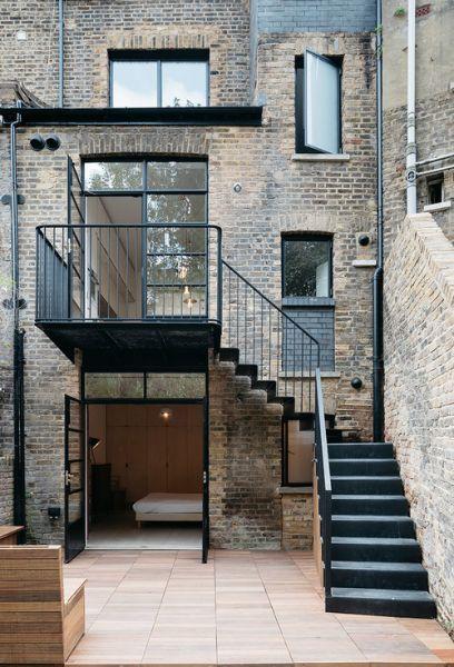 arquitectura_tsuruta_escalera patio