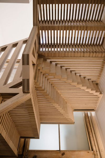 arquitectura_tsuruta_escalera peldaños