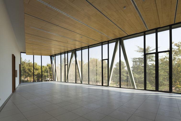 Universidad a distancia de madrid del arquitecto jose for Arquitectura tecnica a distancia