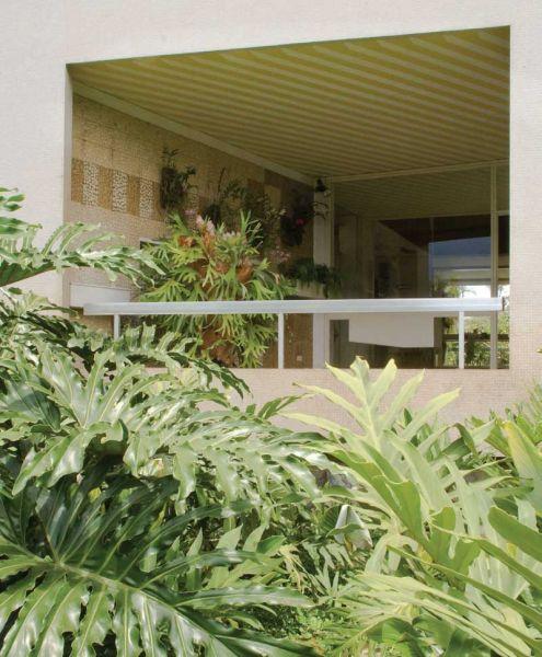 Arquitectura_Villa Planchart _G.Ponti _ vista de huecos de fachada