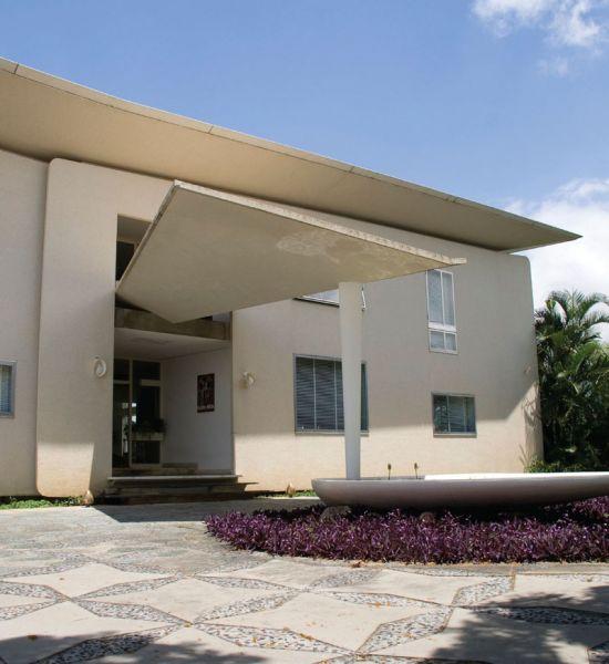 Arquitectura_Villa Planchart _G.Ponti _vista acceso