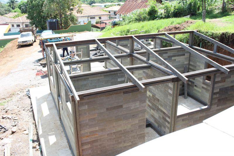 arquitectura_vivienda ladrillos de plástico_construcción2