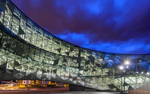 Arquitectura_Xabier Barrutieta_edificio Zero_fachada interior