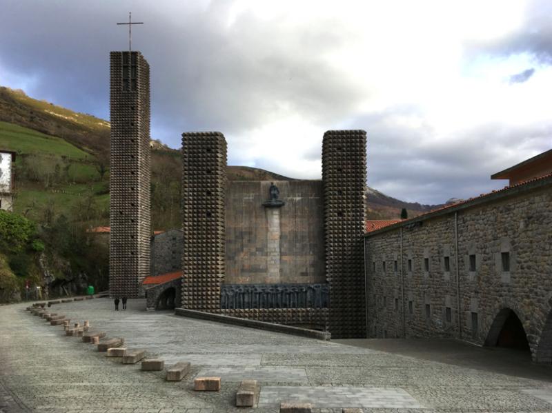 basílica guipuzcoana de Nuestra señora de Arantzazu