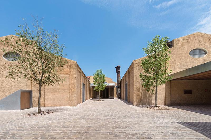 Arquitectura y Empresa-Ramón Esteve-Eduardo de Miguel-Bombas Gens