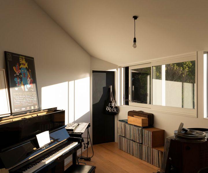 arquitectura_y_empresa-X MARKS House_estudio grabación