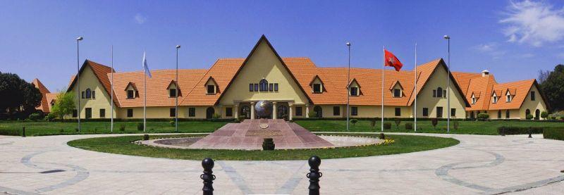 Universidad Al Akhawayn de Marruecos ocupa el primer lugar en la región del Magreb