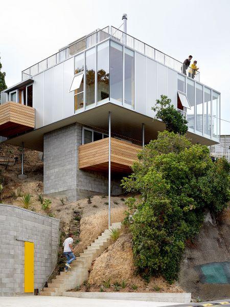 arquitectura_y_empresa_10x10House_fachada escorzo