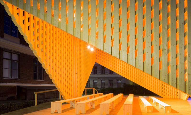Imagen en detalle de la abertura del pabellón A-LAVA
