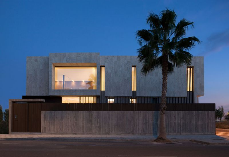 arquitectura casa alqueria antonio altarriba che cuerpos huecos fotografia exterior nocturna