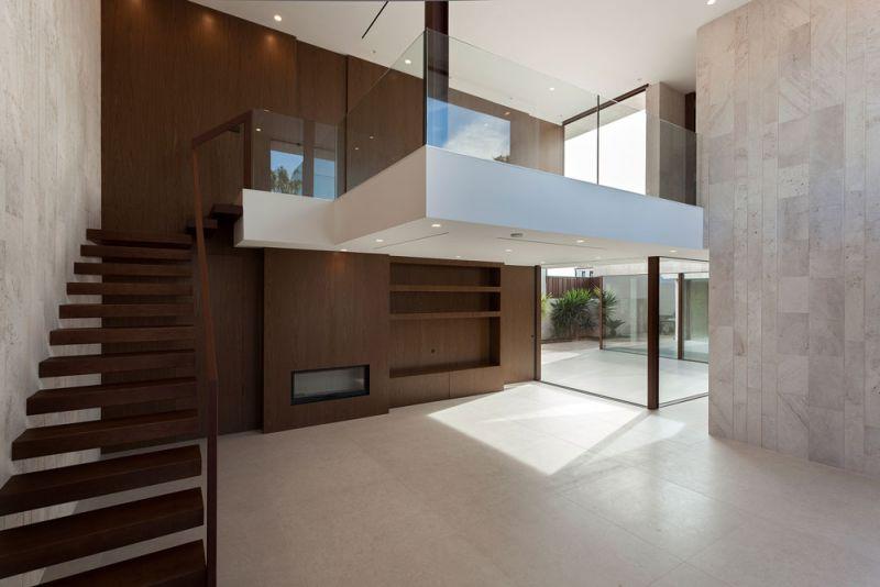 arquitectura casa alqueria antonio altarriba che cuerpos huecos fotografia interior doble altura salon estar