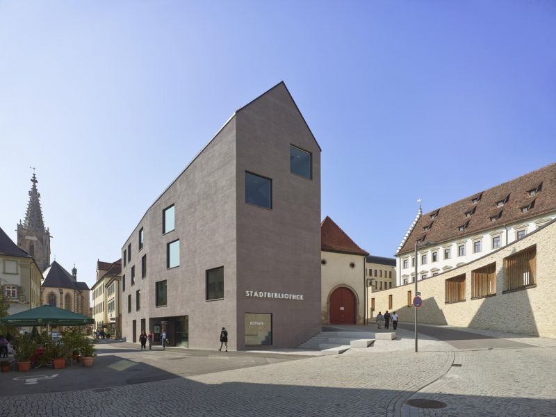 arquitectura_y_empresa_biblioteca Rottenburg_fachada