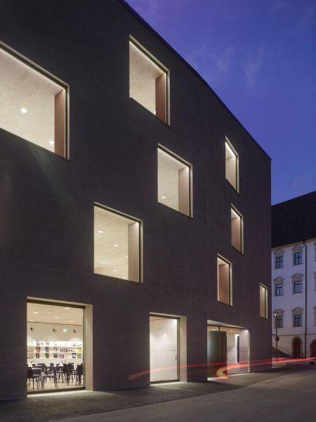 arquitectura_y_empresa_biblioteca Rottenburg_entorno
