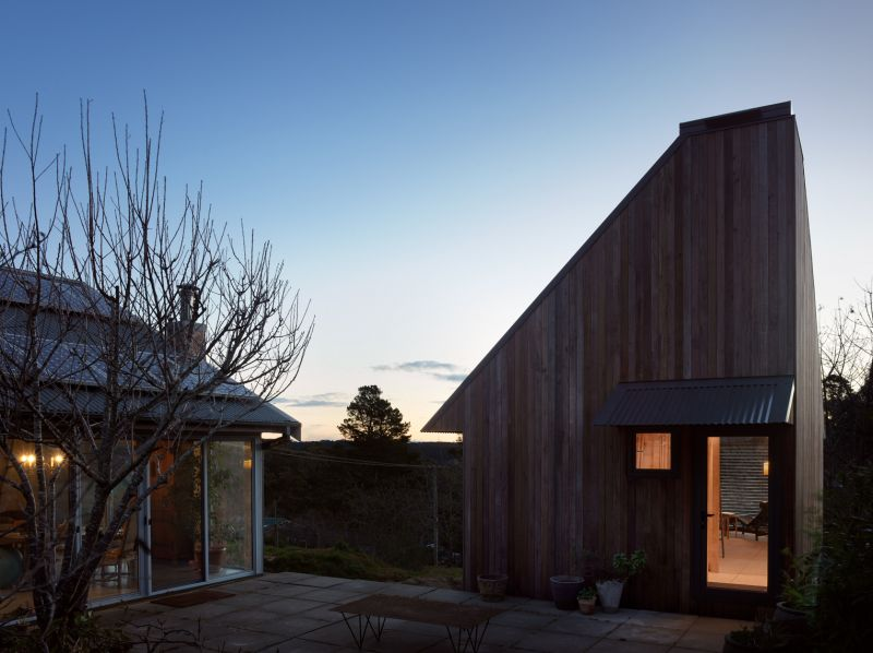 arquitectura y empresa_blue mountain_imagen nocturna