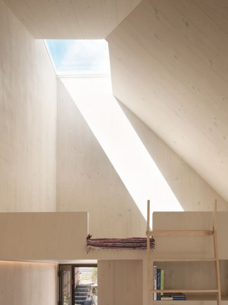 arquitectura y empresa_blue mountain_cielo