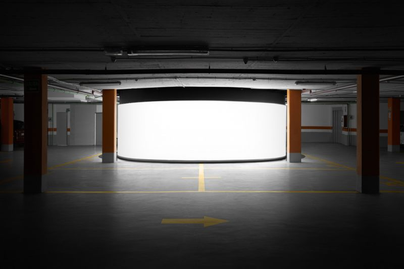 arquitectura boma estudio showroom 360 foto garaje frontal calle