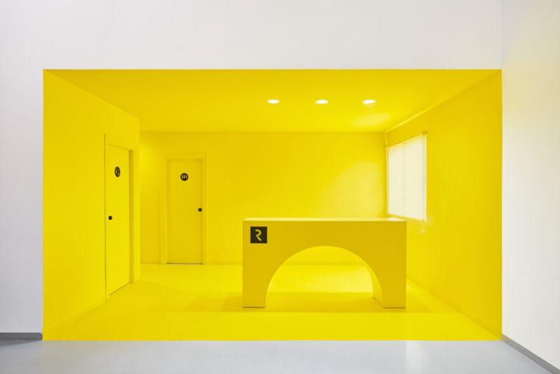 arquitectura boma estudio nueva sede resuinsa foto recepcion