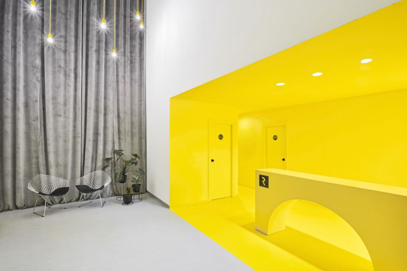 arquitectura boma estudio nueva sede resuinsa foto sala espera