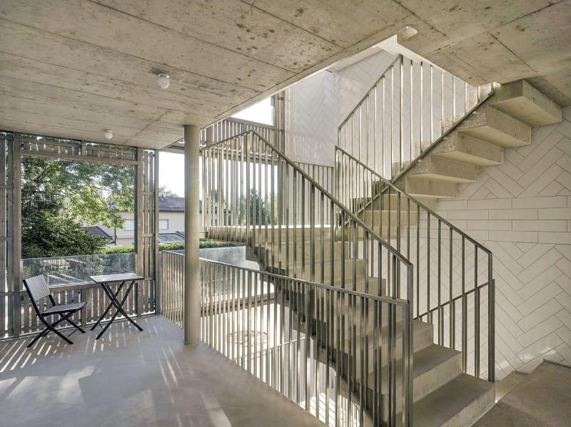 arquitectura_y_empresa_bonhote zapata_escalera