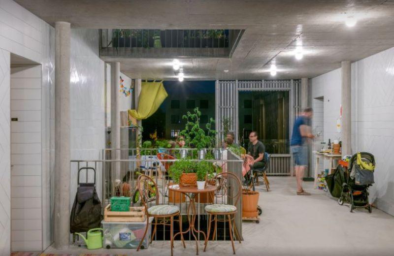arquitectura_y_empresa_bonhote zapata_espacios exteriores entre plantas