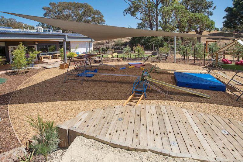 arquitectura_y_empresa_Brand Architects_Highton_patio