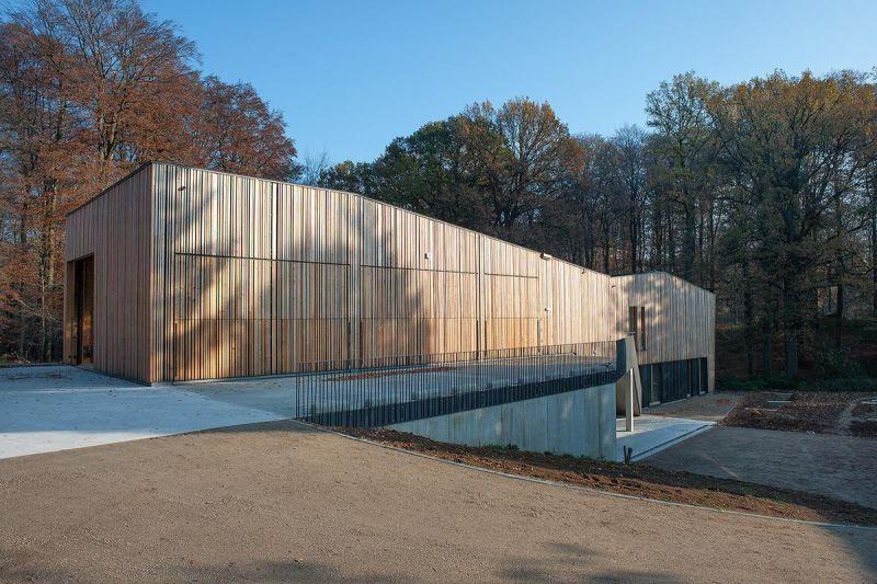 arquitectura_y_empresa_brigada forestal_fachada
