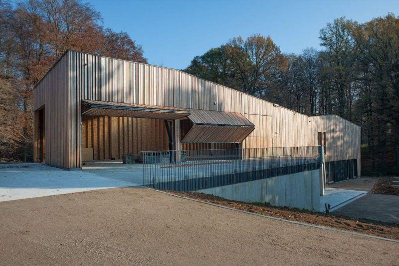 arquitectura_y_empresa_brigada forestal_fachada abierta