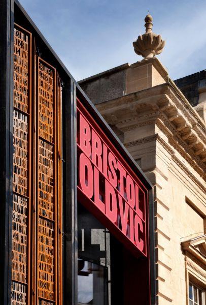 arquitectura_y_empresa_Bristol Old Vic_cartel