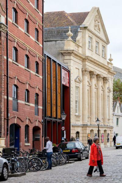 arquitectura_y_empresa_Bristol Old Vic_fachada det