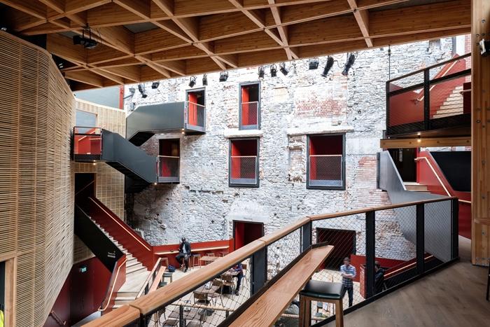 arquitectura_y_empresa_Bristol Old Vic_café
