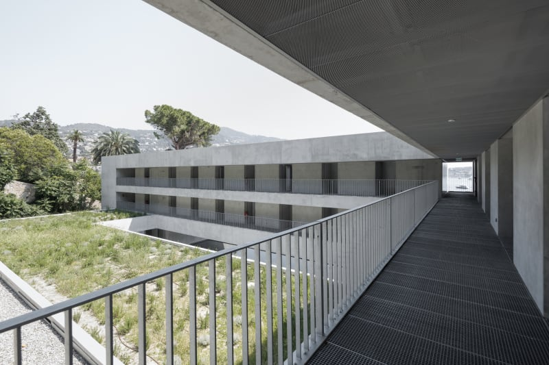 arquitectura_y_empresa_cab-architectes_institut de la mer_corredores