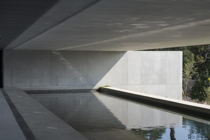 arquitectura_y_empresa_cab-architectes_institut de la mer_piscina